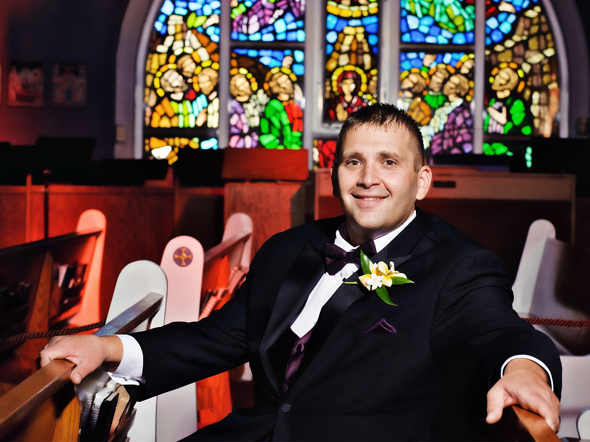 Wedding-Greek-Church-Groom-Portrait-Pew.jpg
