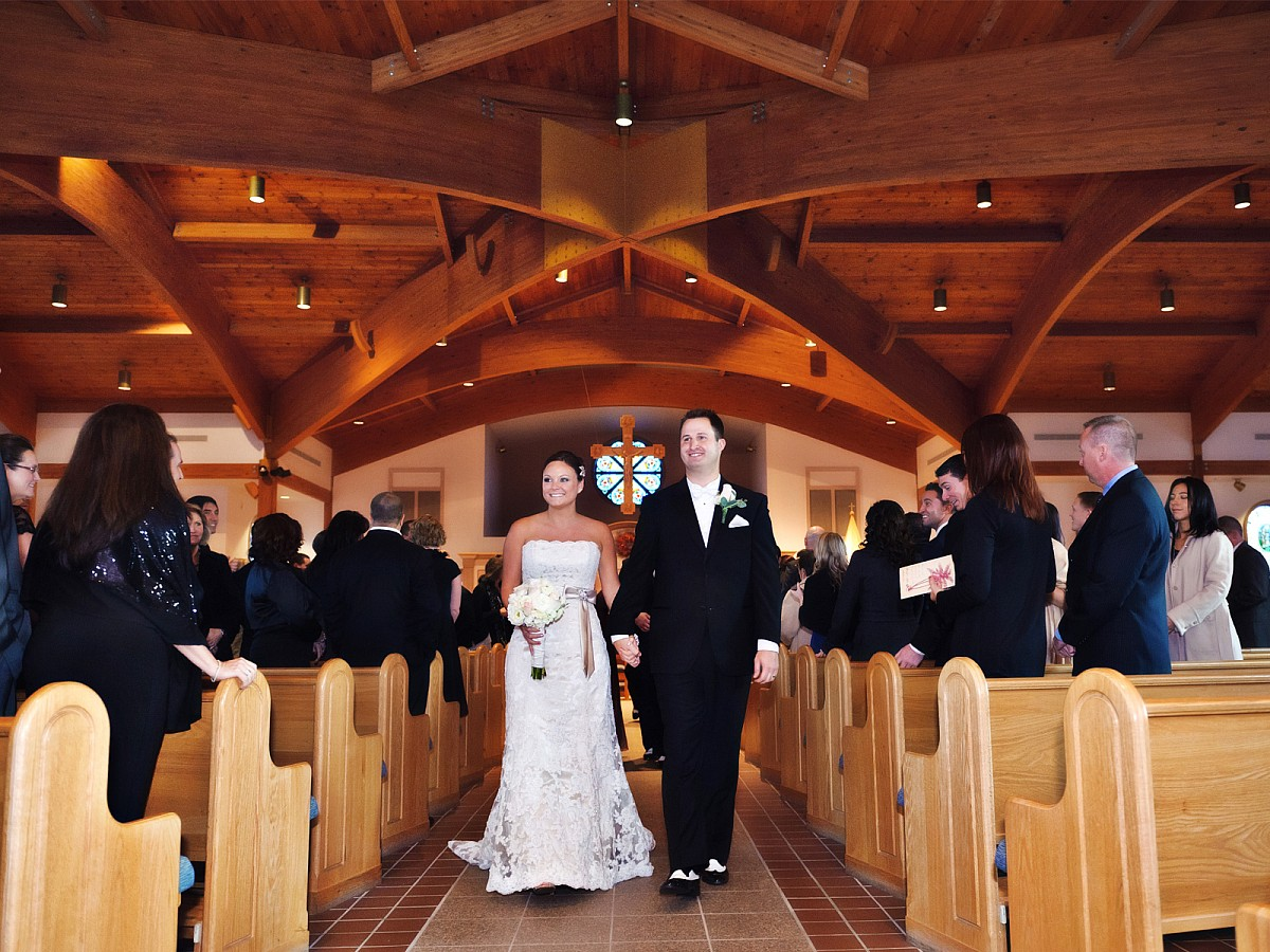 Wedding-Recessional-Bride-and-Groom-Church-Exit.jpg